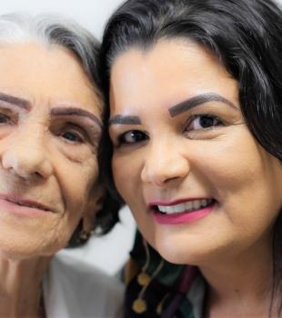 No SPA das sobrancelhas com a minha mãe