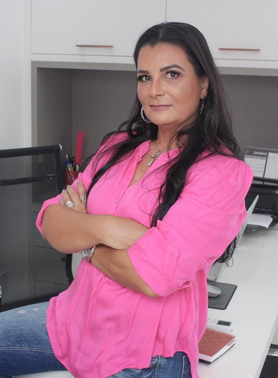 Vania Carvalho